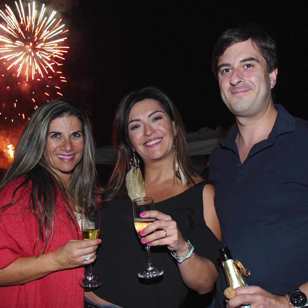 1. Antonia Jadue, Soledad Encina y Rodrigo Aravena