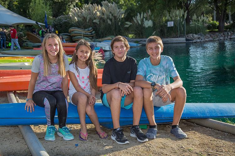 Foto 16 Domínica Zepeda, Elena Zepeda, Juan Pablo Montan y Simón Zepeda