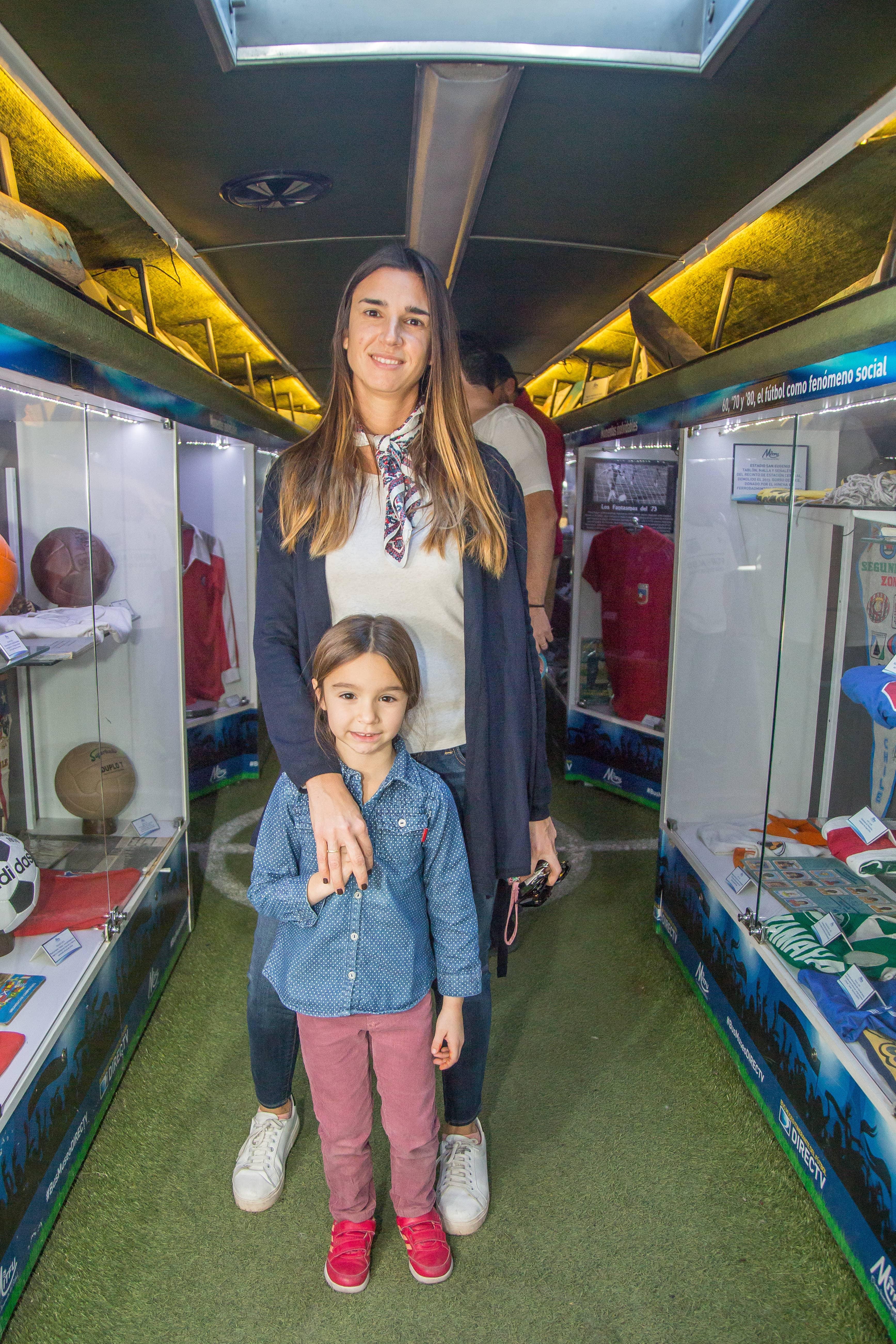 Foto 2 Silvana De Angeli y Sofía Gullot