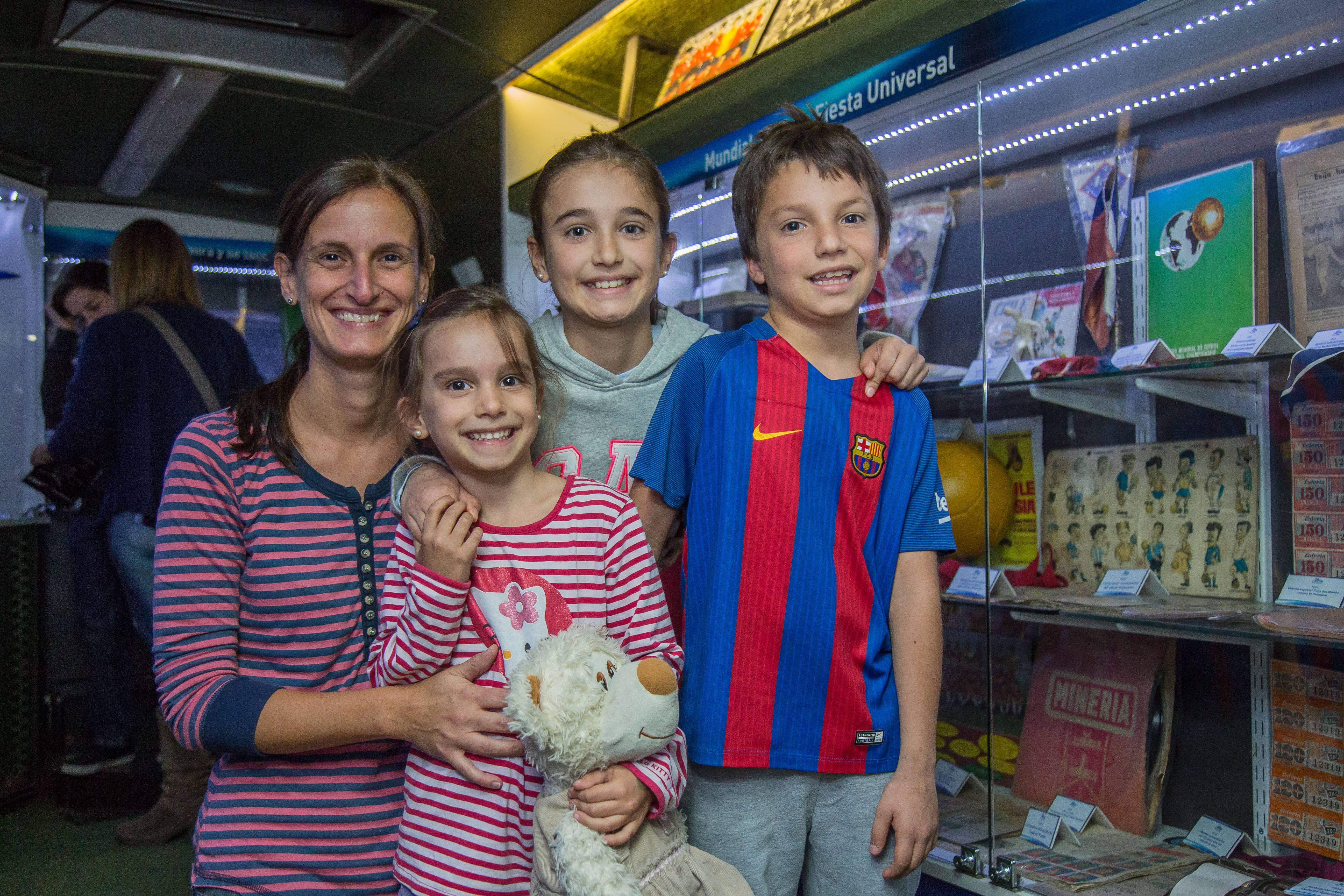 Foto 4 Ximena Firpo, María Josefina, Milagros y Tomás Berriel
